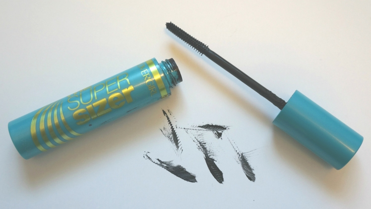 Covergirl The Super Sizer Mascara robeandrose.com