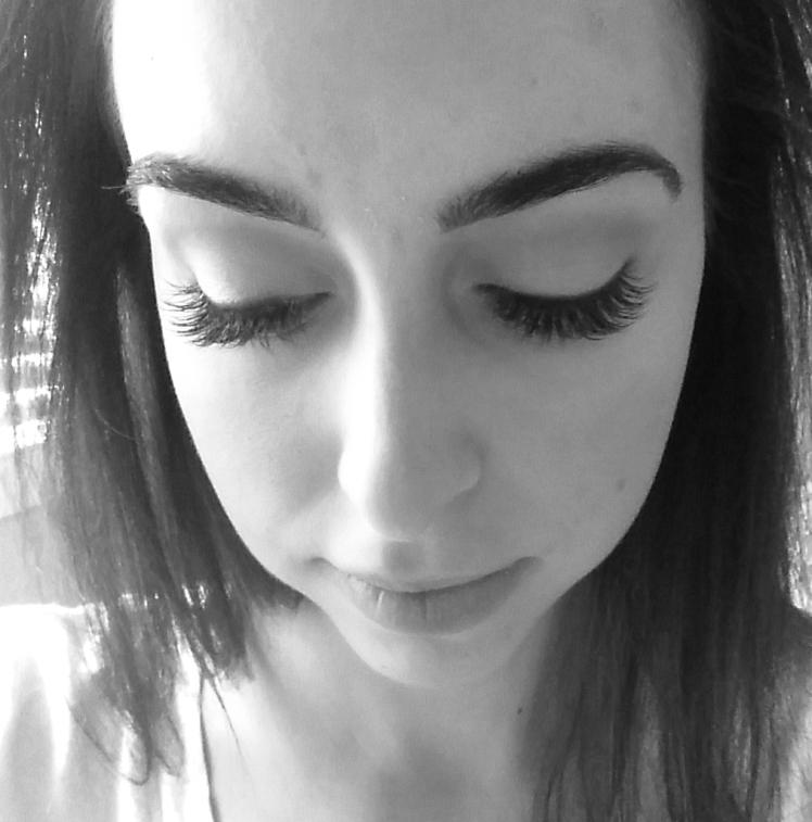 eyelash extensions    robeandrose.com